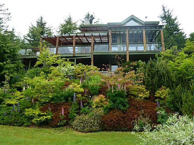 Main Photo: 763 MANSFIELD Road: Roberts Creek House for sale (Sunshine Coast)  : MLS®# R2431930