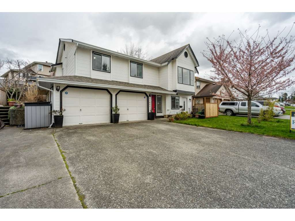 Main Photo: 31031 CREEKSIDE Drive in Abbotsford: Abbotsford West House for sale : MLS®# R2447457
