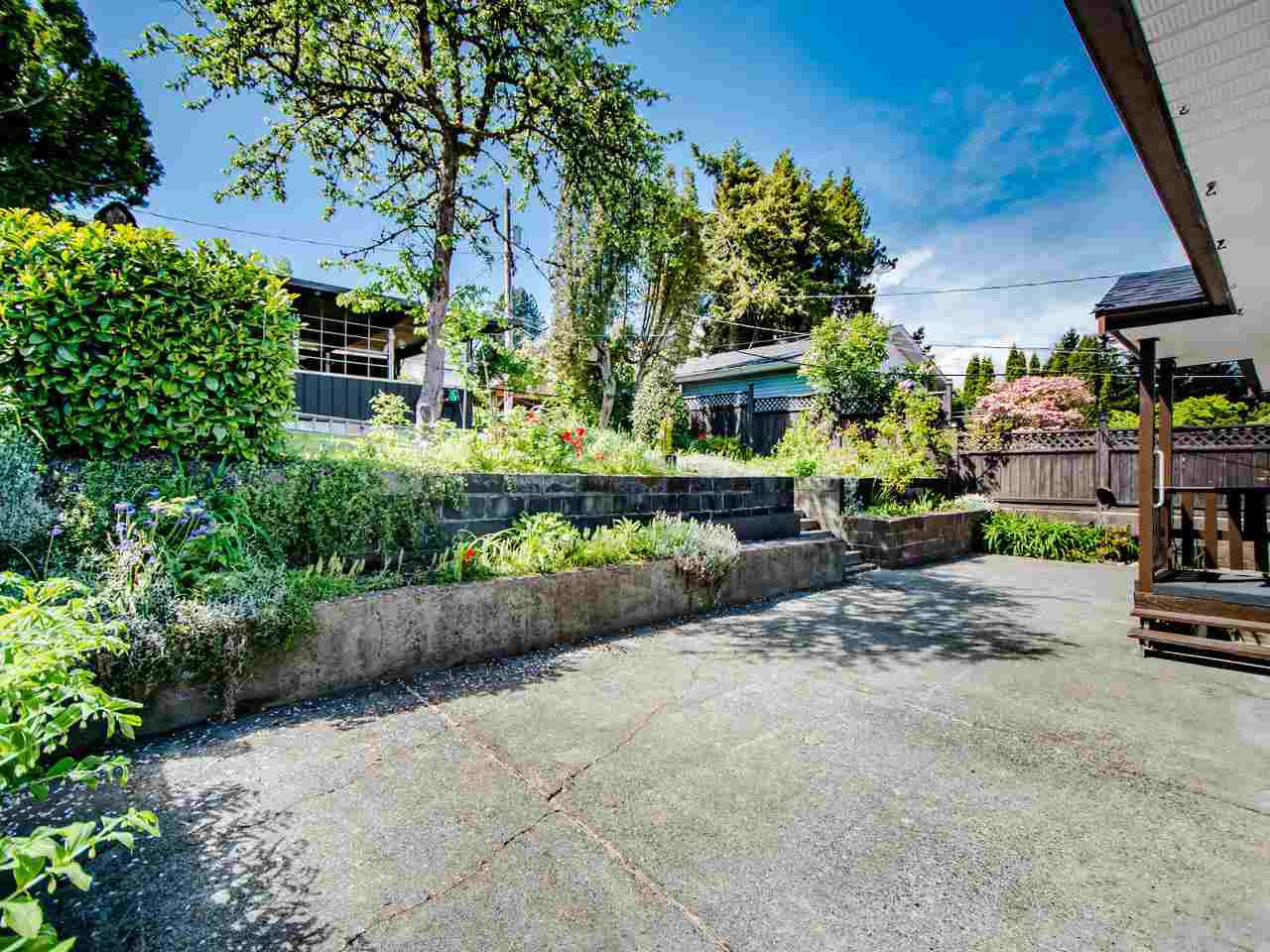 Photo 23: Photos: 545 GARFIELD Street in New Westminster: The Heights NW House for sale : MLS®# R2453912