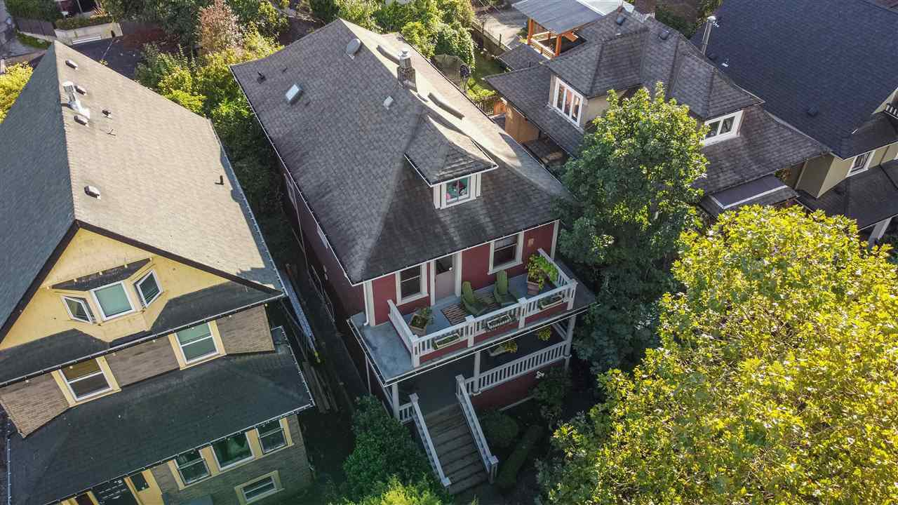 Main Photo: 1642 CHARLES STREET in Vancouver: Grandview Woodland House for sale (Vancouver East)  : MLS®# R2512942