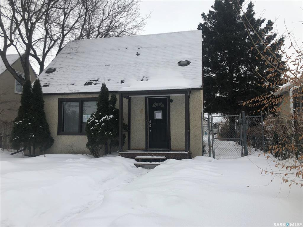 Main Photo: 333 12th Street West in Prince Albert: Cathedral PA Residential for sale : MLS®# SK839059