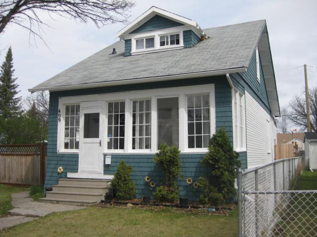 Main Photo: 409 Edgewood Street in WINNIPEG: St Boniface Residential for sale (South East Winnipeg)  : MLS®# 1208733