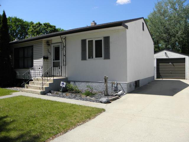 Main Photo: Map location: 743 Autumnwood Drive in WINNIPEG: Windsor Park / Southdale / Island Lakes Residential for sale (South East Winnipeg)  : MLS®# 1212024
