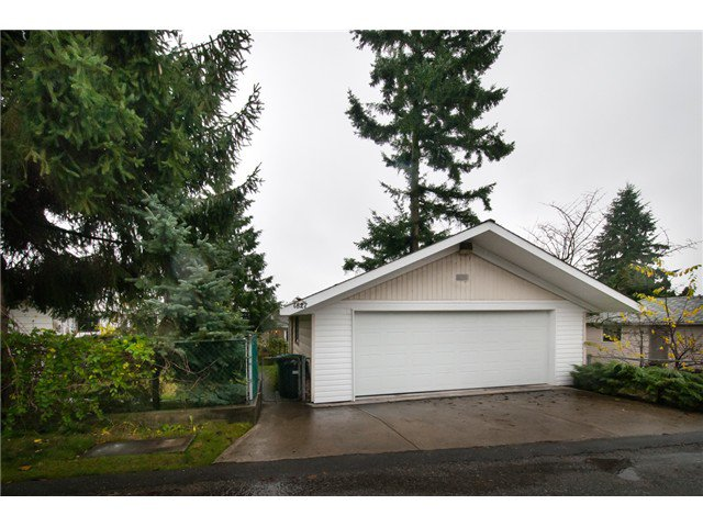 Photo 10: Photos: 1827 HAMILTON ST in New Westminster: West End NW House for sale : MLS®# V981153