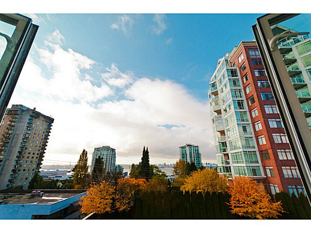 """Main Photo: # 305 155 E 3RD ST in North Vancouver: Lower Lonsdale Condo for sale in """"THE SOLANO"""" : MLS®# V1024934"""