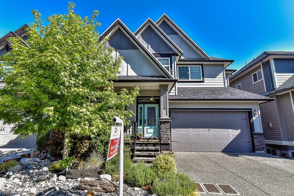 Main Photo: 21059 80A Avenue in Langley: Willoughby Heights House for sale : MLS®# R2066409