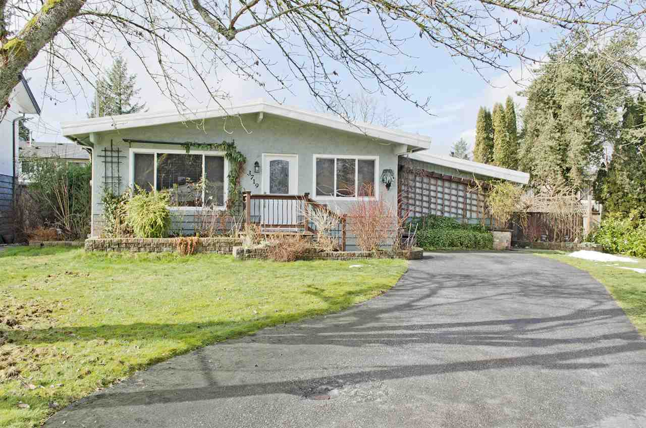 """Main Photo: 3719 SKYE Place in Port Coquitlam: Lincoln Park PQ House for sale in """"LINCOLN PARK"""" : MLS®# R2420027"""