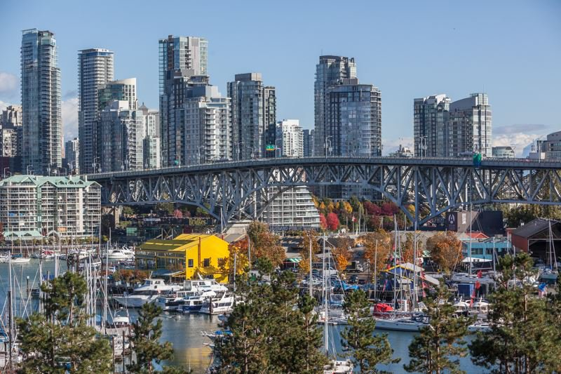 Main Photo: 607 1470 PENNYFARTHING DRIVE in : False Creek Condo for sale : MLS®# R2219160