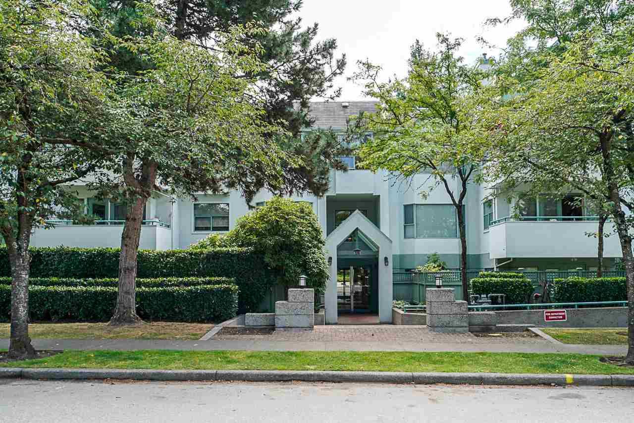 Main Photo: 108 5250 VICTORY STREET in Burnaby: Metrotown Condo for sale (Burnaby South)  : MLS®# R2416809