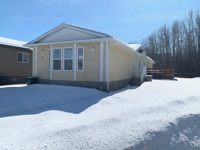 Main Photo: 10 JUTLAND Crescent: Stony Plain House for sale : MLS®# E4192365