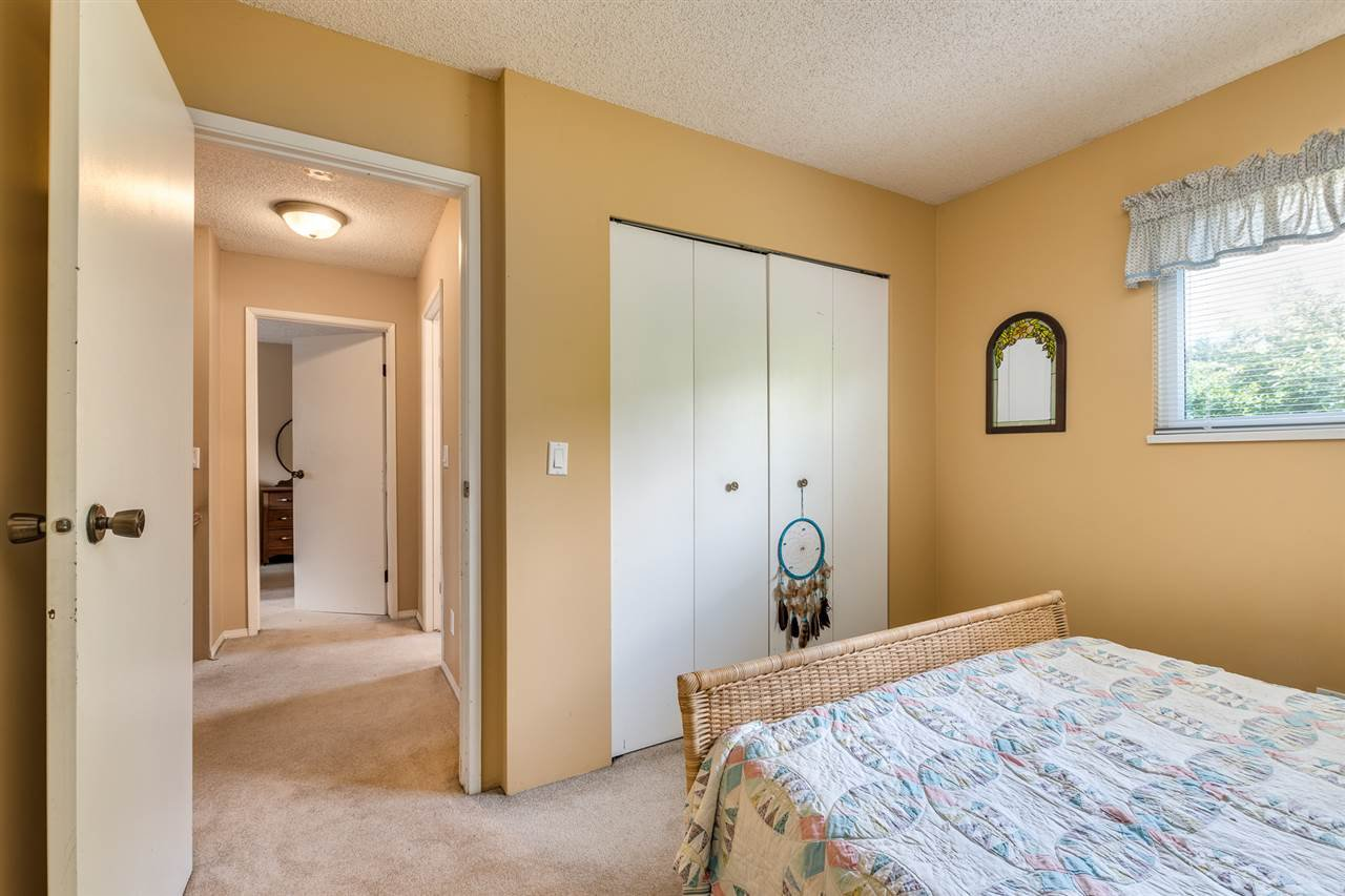 Photo 26: Photos: 1060 LOMBARDY Drive in Port Coquitlam: Lincoln Park PQ House for sale : MLS®# R2462097
