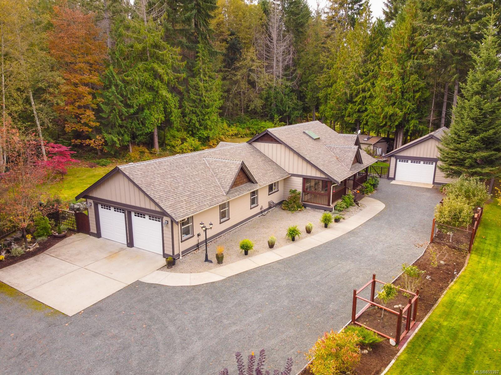 Main Photo: 1100 Coldwater Rd in : PQ Parksville House for sale (Parksville/Qualicum)  : MLS®# 859397