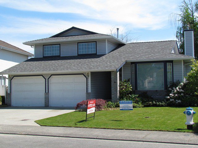 """Main Photo: 3376 ELKFORD DR in Abbotsford: Abbotsford West House for sale in """"FAIRFIELD ESTATES"""" : MLS®# F1310855"""