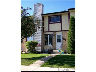 Main Photo: 449 Augier Avenue in Winnipeg: Westwood / Crestview Townhouse for sale (West Winnipeg)  : MLS®# 1211866