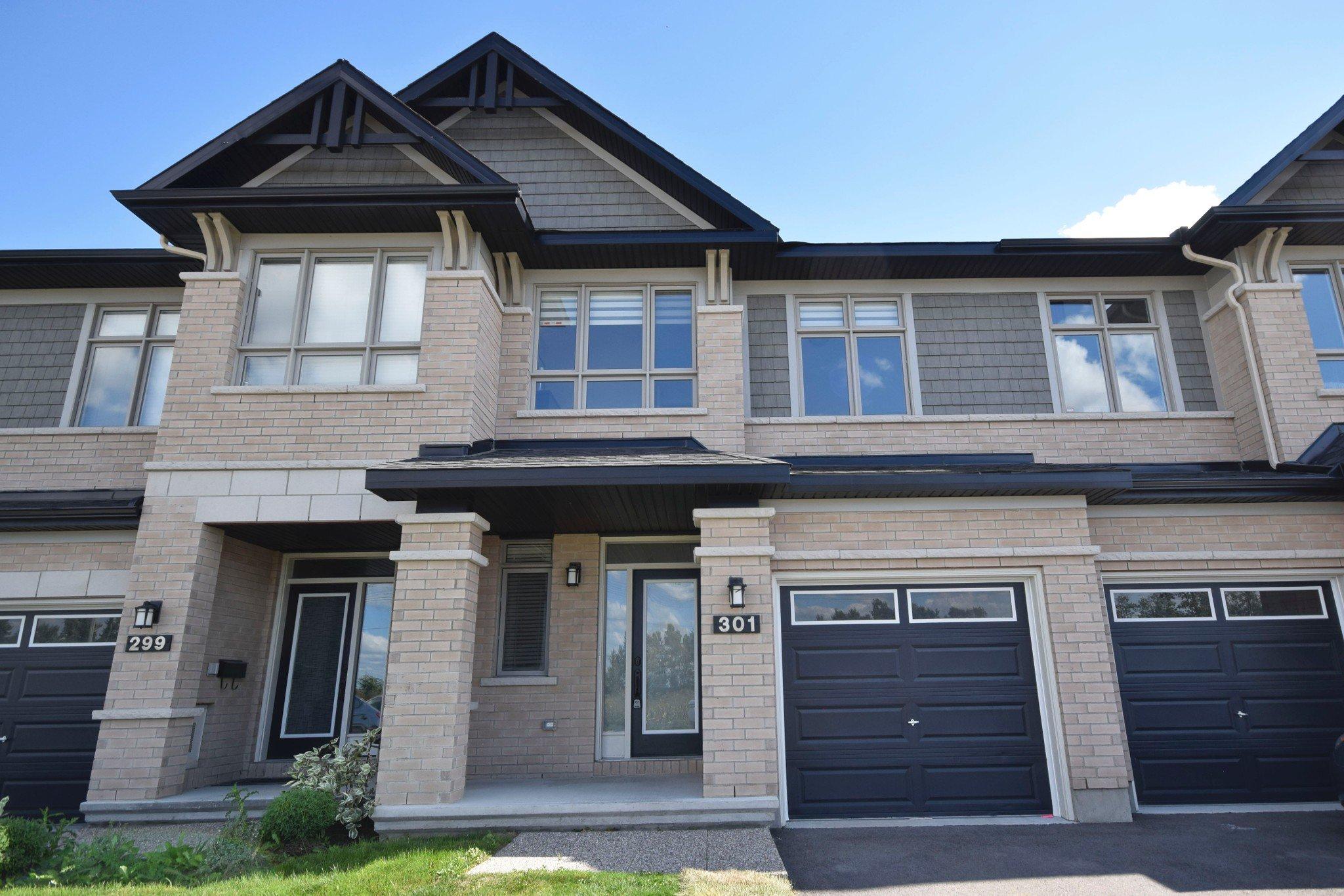 Photo 4: Photos: 301 Livery Street Stittsville Ottawa ON 255