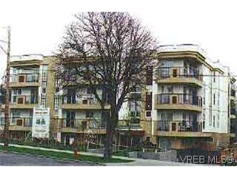 Main Photo: 101 445 Cook St in : Vi Fairfield West Condo Apartment for sale (Victoria)  : MLS®# 98268