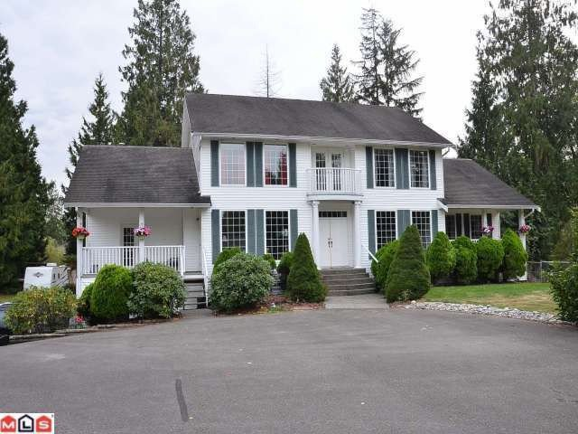 Main Photo: 21946 100TH Avenue in Langley: Fort Langley House for sale : MLS®# F1223720