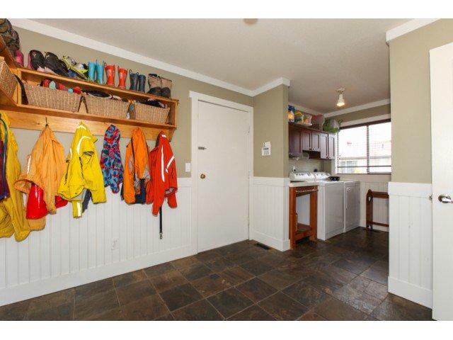 Photo 7: Photos: 12174 GLENHURST Street in Maple Ridge: East Central House for sale : MLS®# V1009036