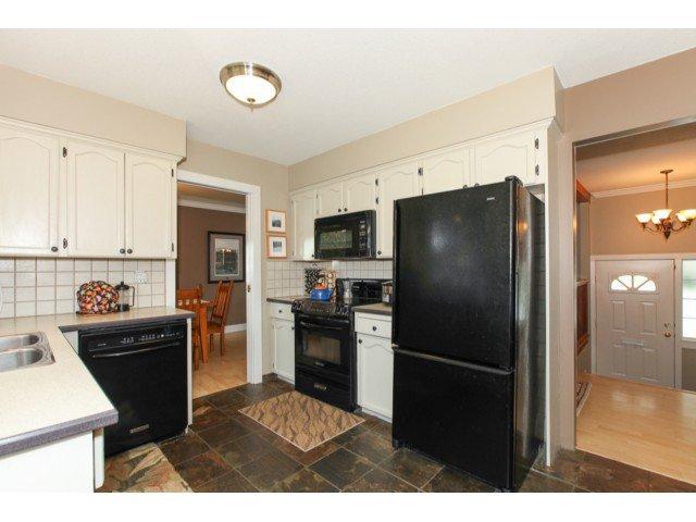 Photo 6: Photos: 12174 GLENHURST Street in Maple Ridge: East Central House for sale : MLS®# V1009036