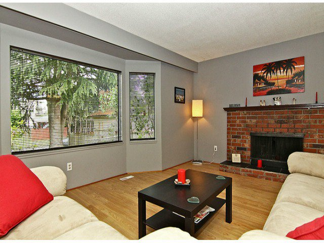 Photo 3: Photos: 11932 229TH ST in Maple Ridge: East Central House for sale : MLS®# V1018610