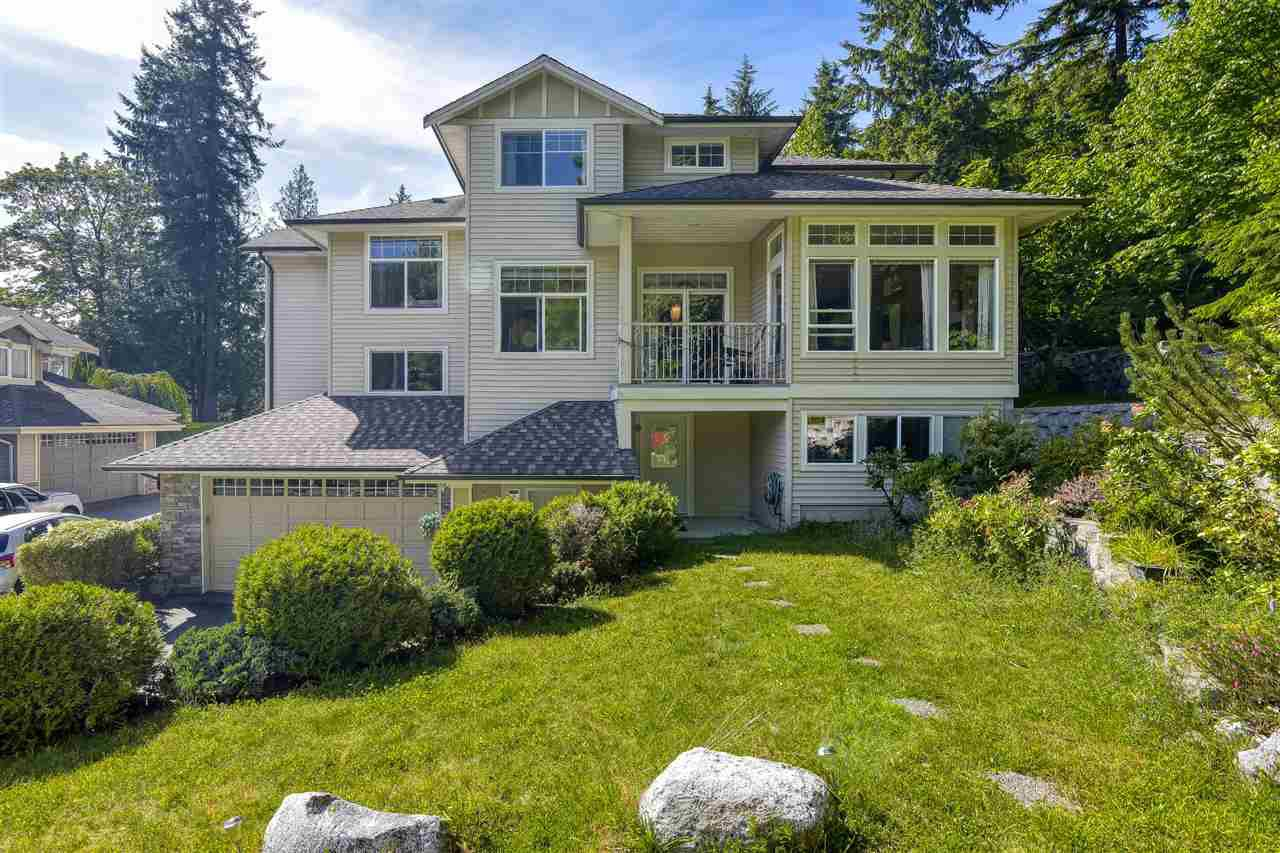 Main Photo: 8 MOSSOM CREEK Drive in Port Moody: North Shore Pt Moody House 1/2 Duplex for sale : MLS®# R2469801