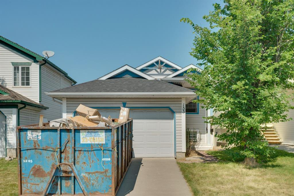 Main Photo: 133 HIDDEN SPRING Circle NW in Calgary: Hidden Valley Detached for sale : MLS®# A1025259