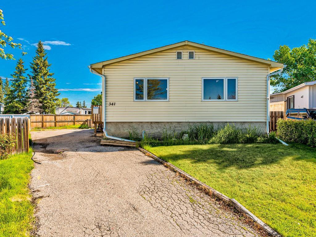 Main Photo: 341 SPRING HAVEN Court SE: Airdrie Detached for sale : MLS®# A1033328
