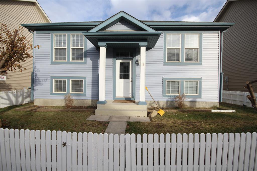 Main Photo: 18 Martha's Haven Place NE in Calgary: Martindale Detached for sale : MLS®# A1046240