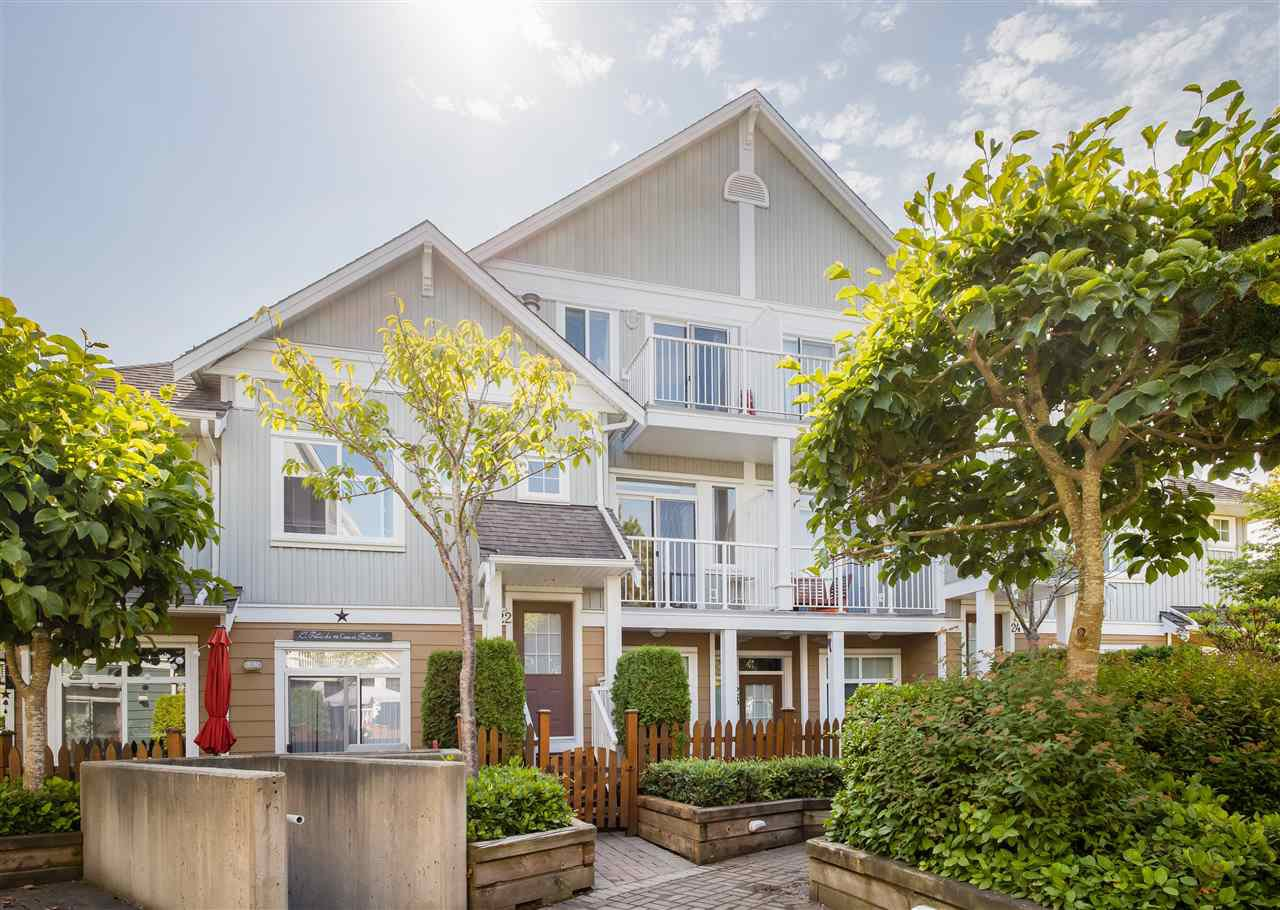 Main Photo: 22 6300 LONDON ROAD in Richmond: Steveston South Townhouse for sale : MLS®# R2487109
