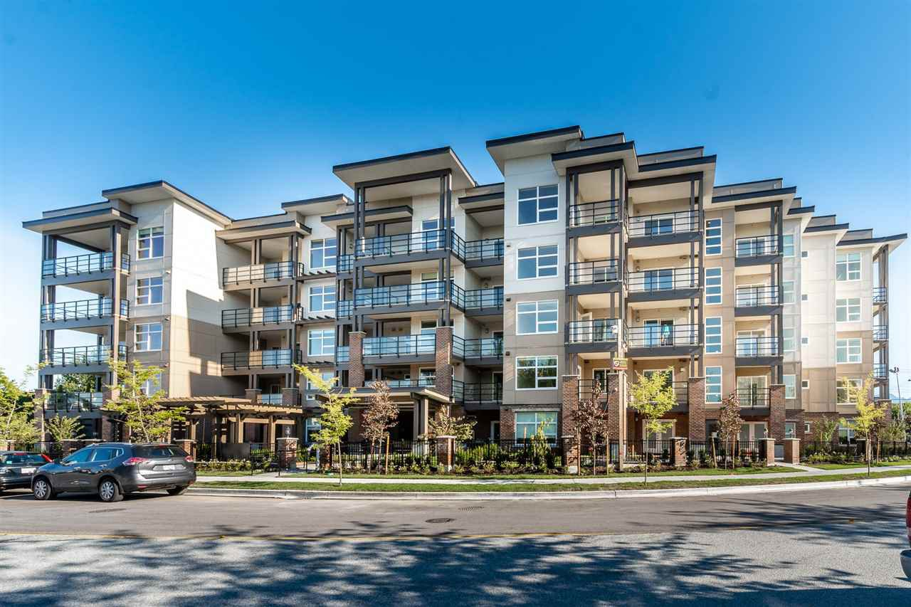 """Main Photo: 307 22577 ROYAL Crescent in Maple Ridge: East Central Condo for sale in """"THE CREST"""" : MLS®# R2528204"""