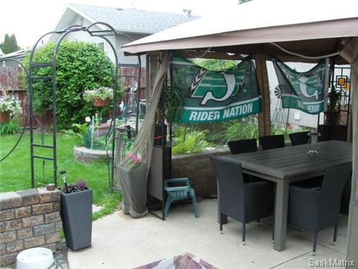 Photo 5: Photos: 540 East Place in Saskatoon: Eastview Single Family Dwelling for sale (Saskatoon Area 02)  : MLS®# 503868