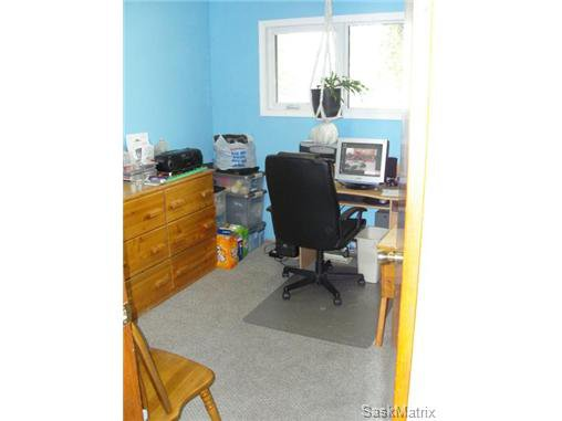 Photo 19: Photos: 540 East Place in Saskatoon: Eastview Single Family Dwelling for sale (Saskatoon Area 02)  : MLS®# 503868
