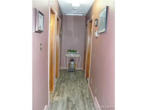 Photo 16: Photos: 540 East Place in Saskatoon: Eastview Single Family Dwelling for sale (Saskatoon Area 02)  : MLS®# 503868