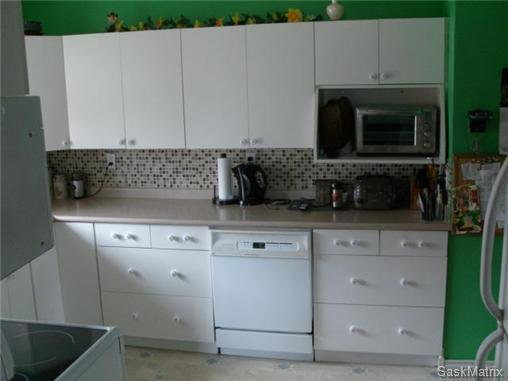 Photo 14: Photos: 540 East Place in Saskatoon: Eastview Single Family Dwelling for sale (Saskatoon Area 02)  : MLS®# 503868