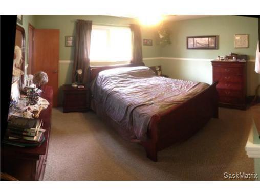 Photo 18: Photos: 540 East Place in Saskatoon: Eastview Single Family Dwelling for sale (Saskatoon Area 02)  : MLS®# 503868