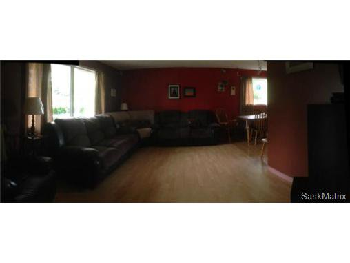 Photo 9: Photos: 540 East Place in Saskatoon: Eastview Single Family Dwelling for sale (Saskatoon Area 02)  : MLS®# 503868