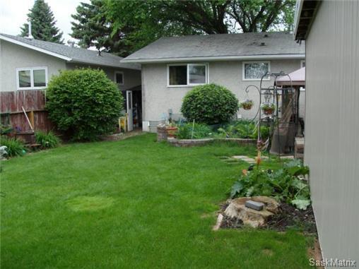 Photo 6: Photos: 540 East Place in Saskatoon: Eastview Single Family Dwelling for sale (Saskatoon Area 02)  : MLS®# 503868