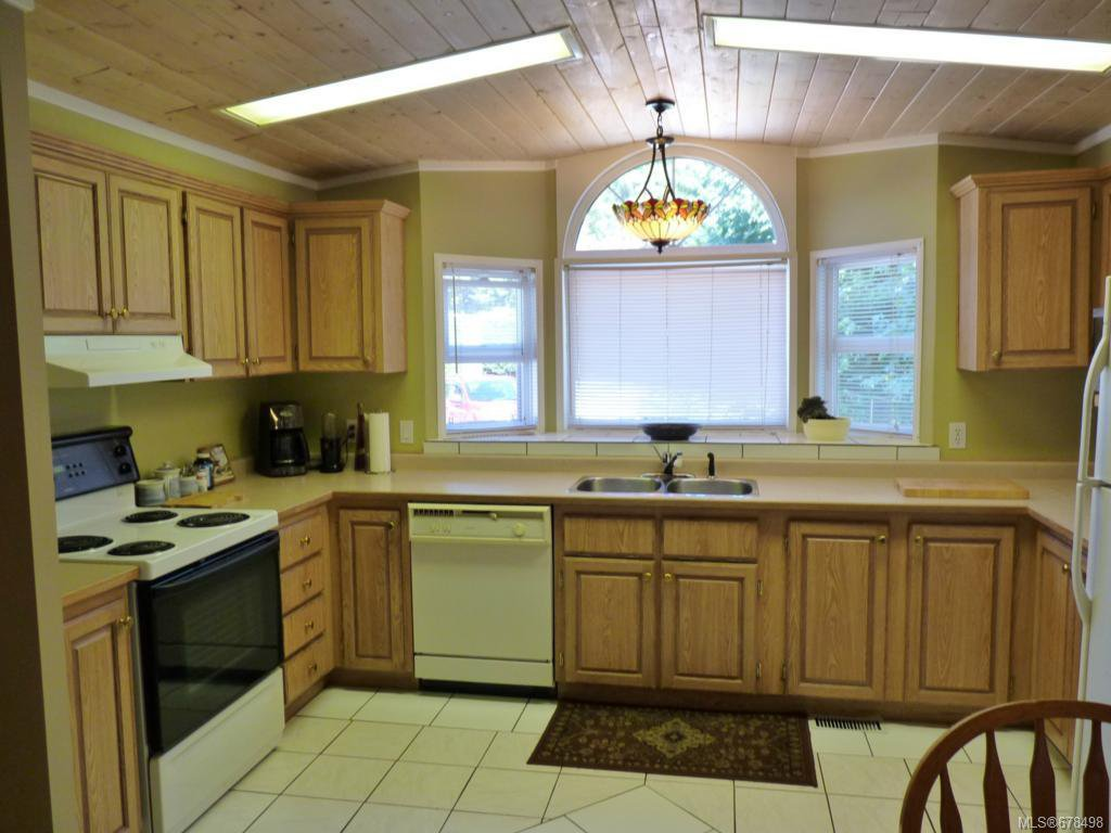 Photo 3: Photos: 9 2785 Wallbank Rd in SHAWNIGAN LAKE: ML Shawnigan Manufactured Home for sale (Malahat & Area)  : MLS®# 678498