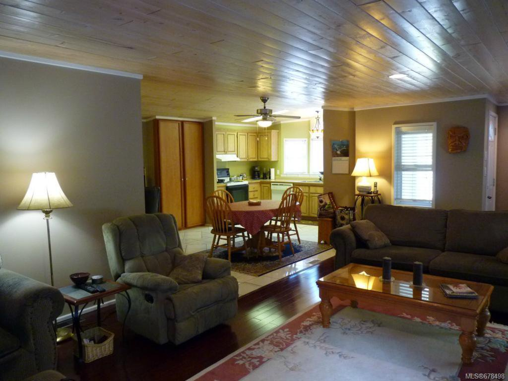 Photo 8: Photos: 9 2785 Wallbank Rd in SHAWNIGAN LAKE: ML Shawnigan Manufactured Home for sale (Malahat & Area)  : MLS®# 678498