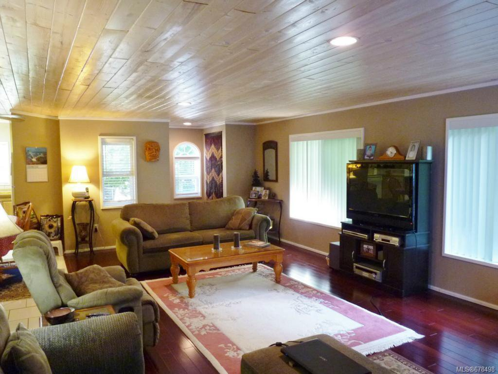 Photo 7: Photos: 9 2785 Wallbank Rd in SHAWNIGAN LAKE: ML Shawnigan Manufactured Home for sale (Malahat & Area)  : MLS®# 678498