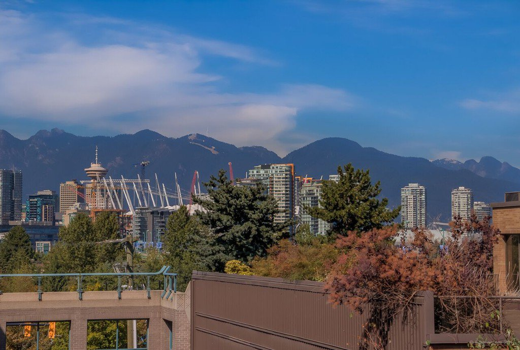 Main Photo: # 318 511 W 7TH AV in Vancouver: Fairview VW Condo for sale (Vancouver West)  : MLS®# V1140981