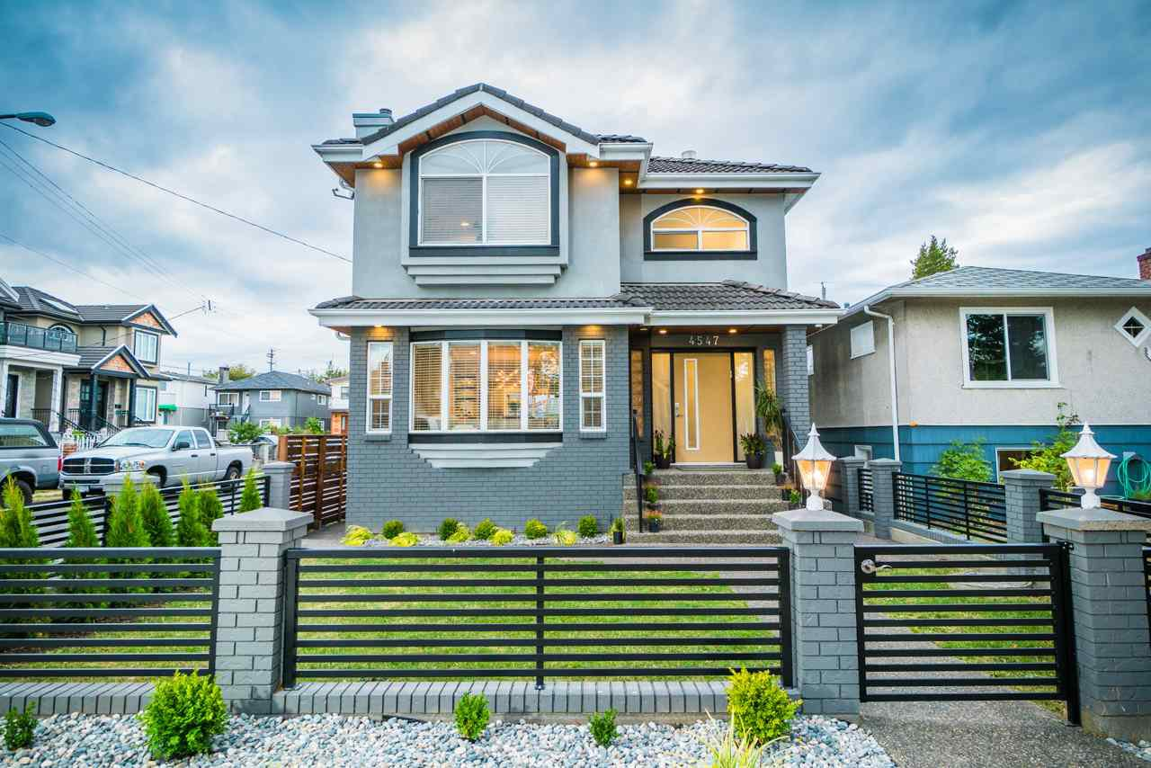 Main Photo: 4547- Perry St in Vancouver: Knight House for sale (Vancouver East)