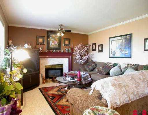 Photo 4: Photos: 15625 111TH AV in Surrey: Fraser Heights House for sale (North Surrey)  : MLS®# F2521678