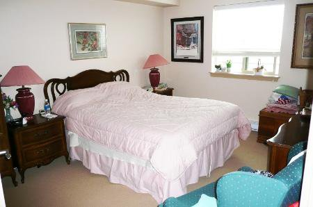 Photo 5: Photos: One Bedroom & Den In Avalon Gardens - A Supportive Living Retirement Community.  For Marketing Brochure Go To Additional Info Above One Year Free Strata Fees