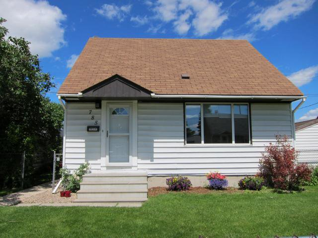 Main Photo: 785 Harbison Avenue East in WINNIPEG: East Kildonan Residential for sale (North East Winnipeg)  : MLS®# 1212027