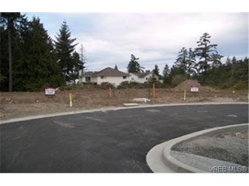 Photo 7: Photos:  in : La Florence Lake Land for sale (Langford)  : MLS®# 461331