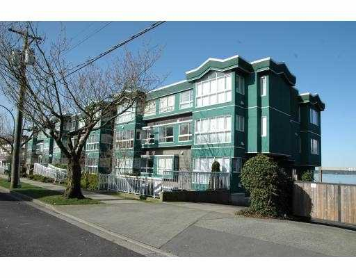Main Photo: 211 2211 Wall Street in Vancouver: Hastings Condo for sale (Vancouver East)  : MLS®# V815493