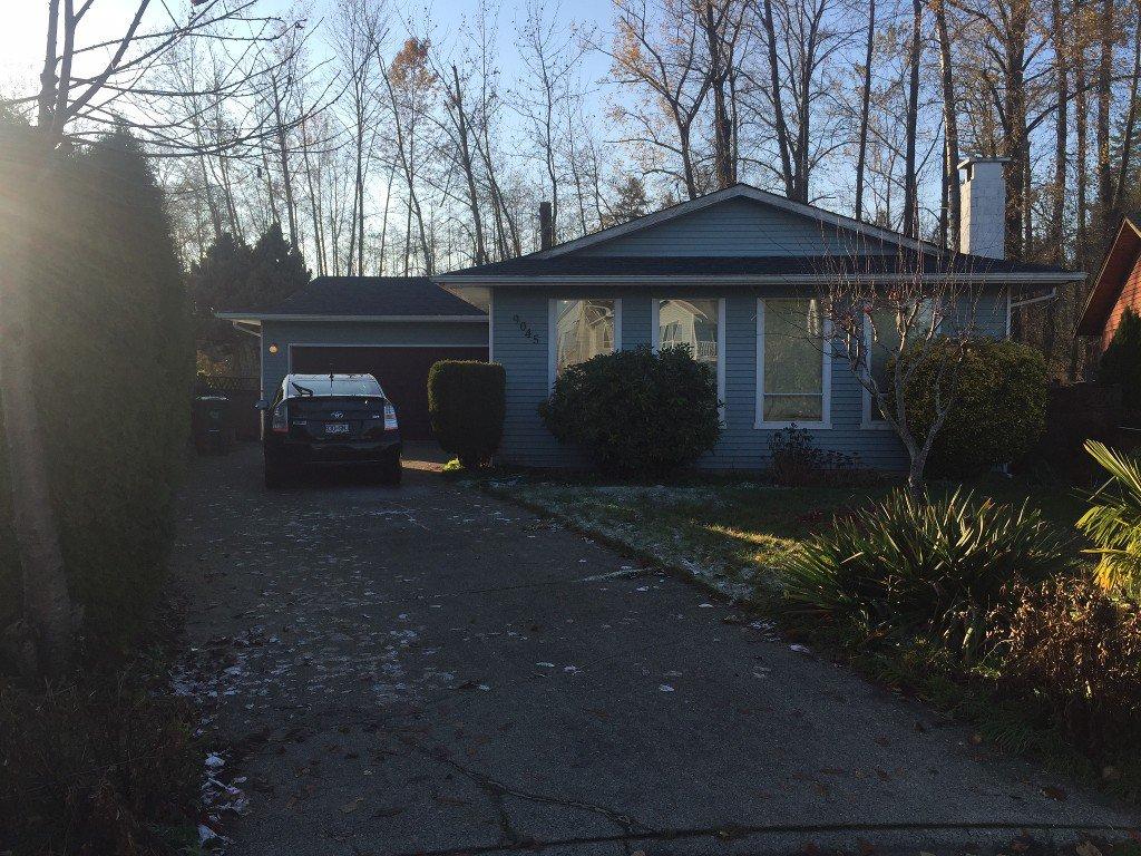 Main Photo: 9045 122B Avenue in Surrey: Cedar Hills House for sale