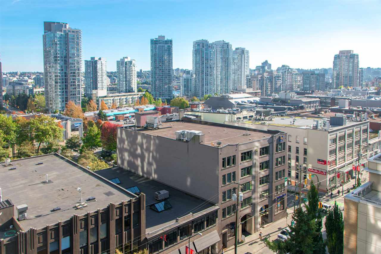 Main Photo: 1208 939 HOMER STREET in Vancouver: Yaletown Condo for sale (Vancouver West)  : MLS®# R2309718