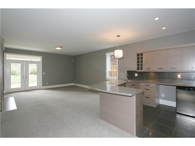 Photo 5: Photos: Willow Way in Coquitlam: Harbour Chines House for rent